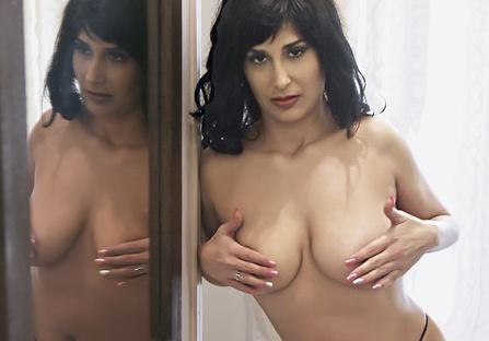 Sirina Sex School: Μαθήματα σεξουαλικής αγωγής - Μάθημα 7o! Η Έλενα Χατζή σας μαθαίνει πως να το κάνετε σωστά.